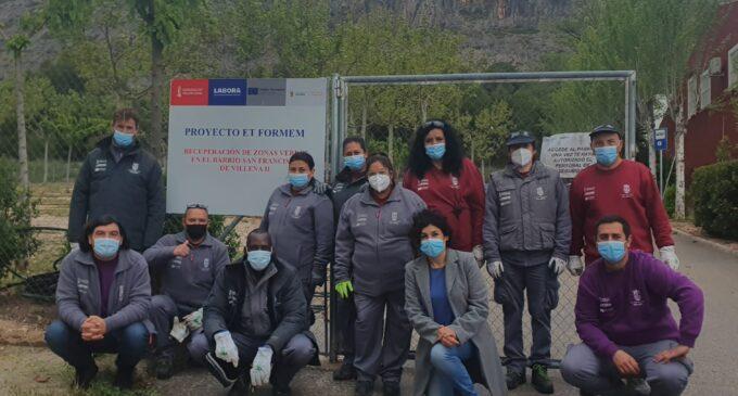 Villena logra 241.000 euros para ampliar por un año más el programa de empleo de jardinería