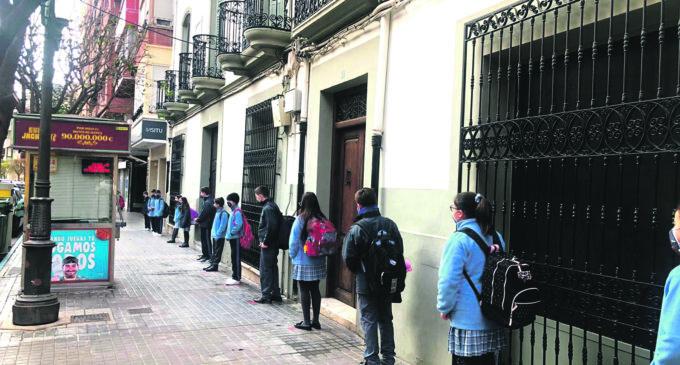 Educación propone que el próximo curso arranque el 8 de septiembre para el alumnado