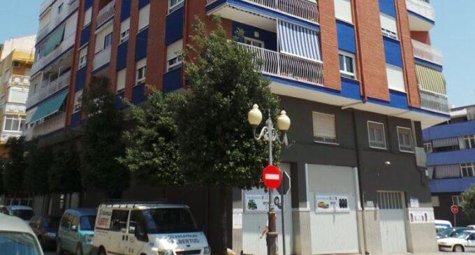 Villena invierte 39.000 € en renovar las luminarias de la calle La Virgen