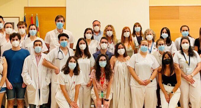 El Departamento de Salud de Elda da la bienvenida a 31 nuevos residentes