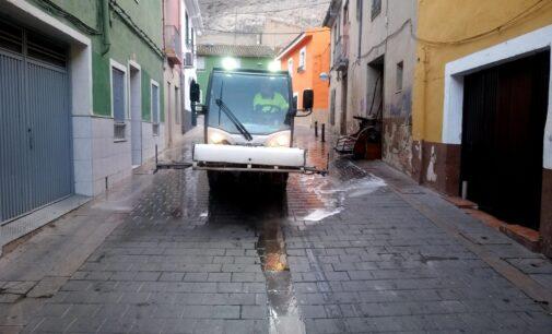 Villena refuerza la limpieza y recogida de enseres en el casco antiguo y diseminados