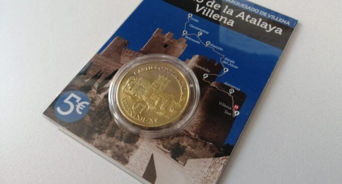 El Club de Castillos y Palacios de España acuña monedas conmemorativas del Castillo de Villena
