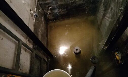 Los garajes de la calle Ferriz vuelven a inundarse de aguas fecales