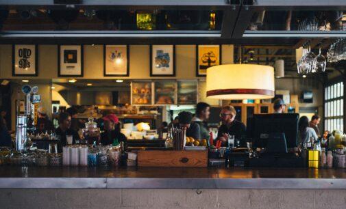 El Consell permite el uso de las barras en hostelería y el baile en el ocio nocturno