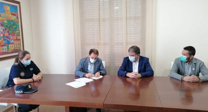 Villena y la Dirección General de Tráfico firman un convenio para fomentar el uso de la bicicleta en los desplazamientos escolares