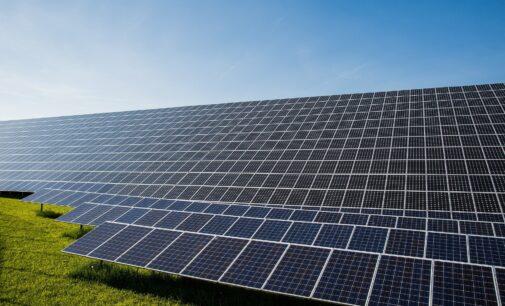 """Martínez: """"Aplazar las fotovoltaicas supondría para el Ayuntamiento un gasto de más de 20 millones de €"""""""