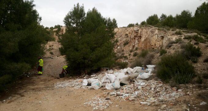 Villena recoge 11,2 toneladas de enseres y vertidos incontrolados en los ocho primeros meses del año
