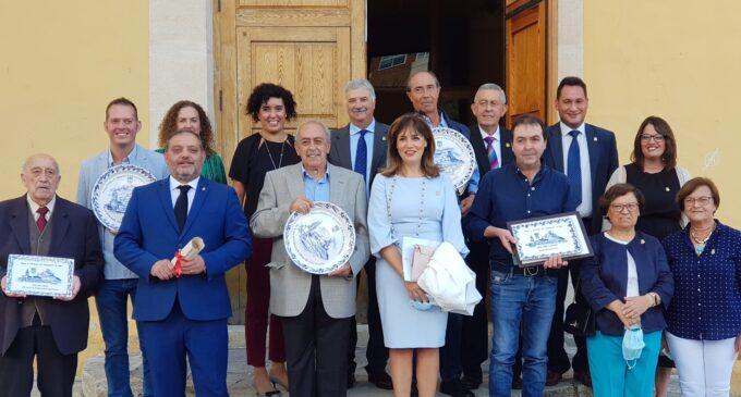 El premio 9 de octubre Pedro Gimeno invita a participar activamente en la cultura local